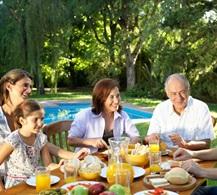 Temporada de vacaciones y reencuentros familiares - La Confiteria