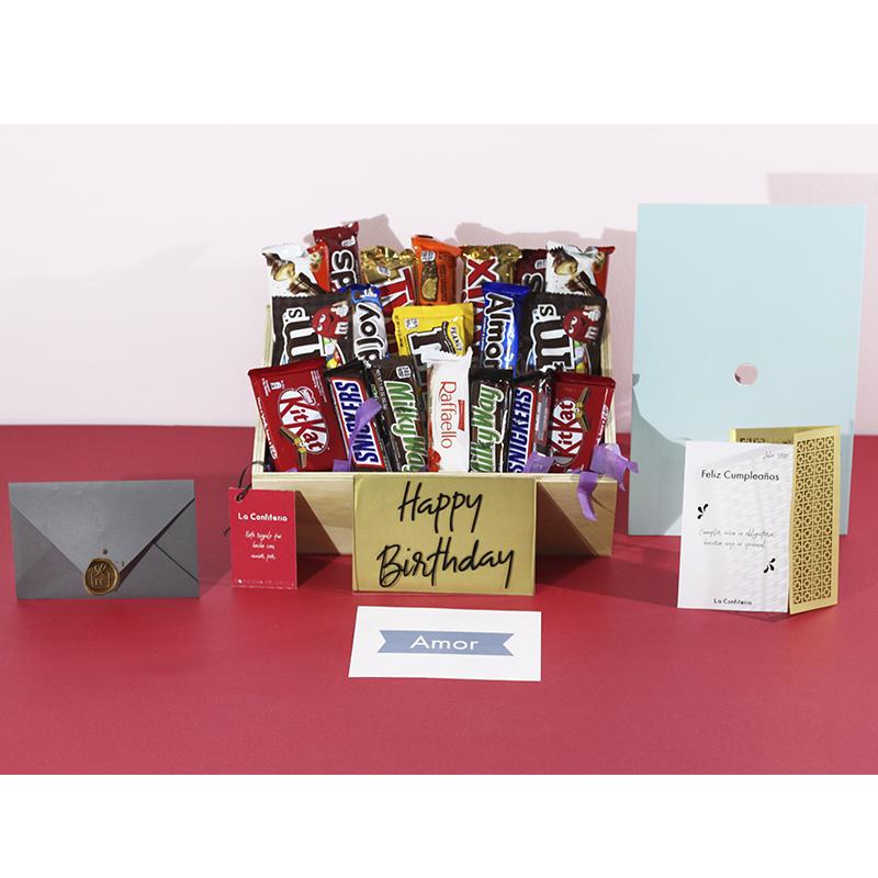 Ancheta de cumpleaños con muchos chocolates