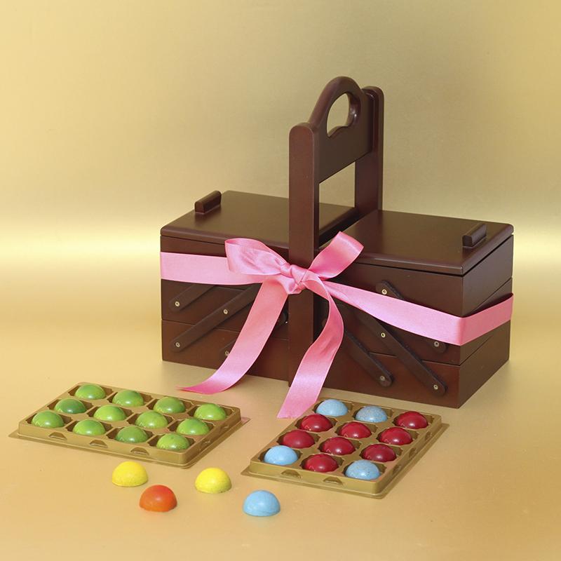 Caja de regalo con muchas trufas gourmet