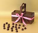Caja de regalo con muchos chocolates